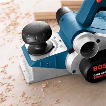 Рубанок Bosch GHO 40-82 C L-BOXX (060159A76A)